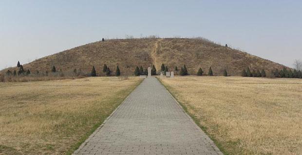 Pirámide de Xi'an, similar a la posible pirámide del cerro de El Cabezuelo.