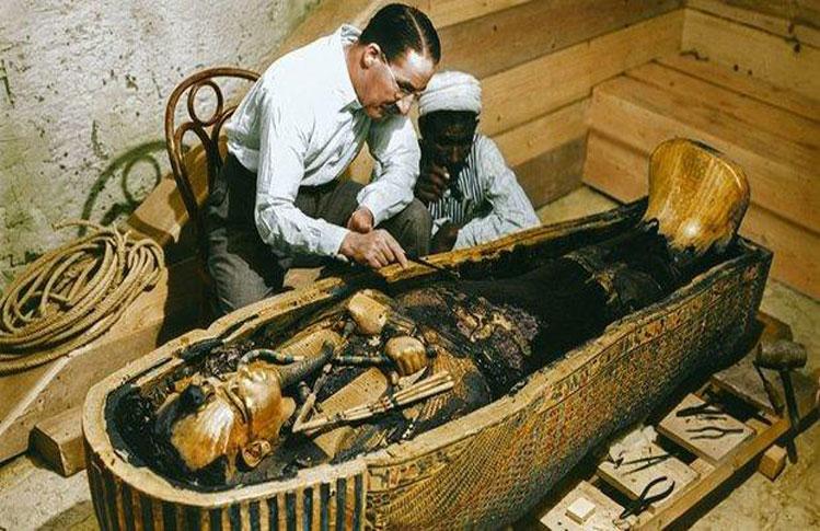 tumba-tutankamon-color