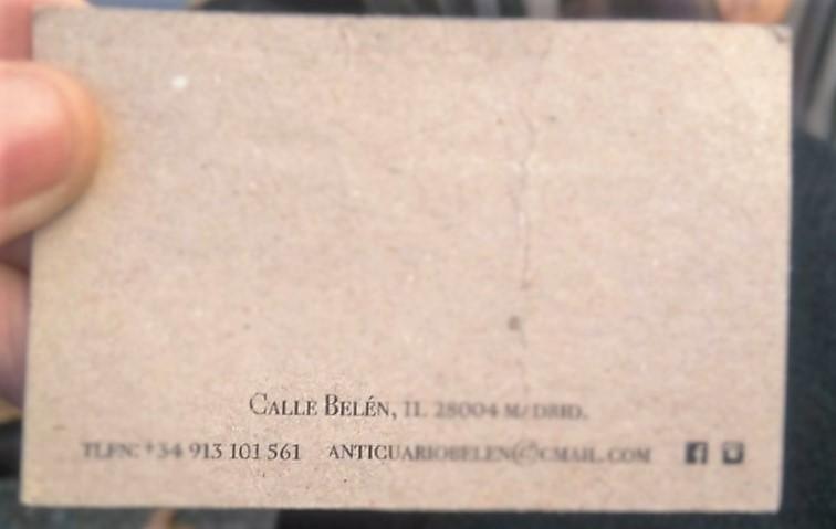 Tarjeta que me encontré y que contiene el 101 en el número de teléfono