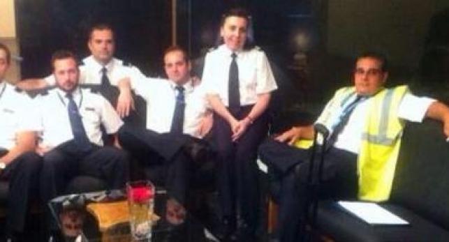 6 españoles murieron a bordo del Swiftair en Mali. Todos formaban la tripulación de vuelo aquel día. Esta fue su última foto juntos en el hotel antes de emprender su último viaje.