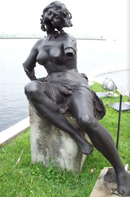 estatua-bronce